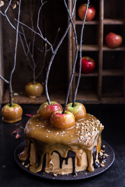 salted-caramel-apple-snickers-cake-1